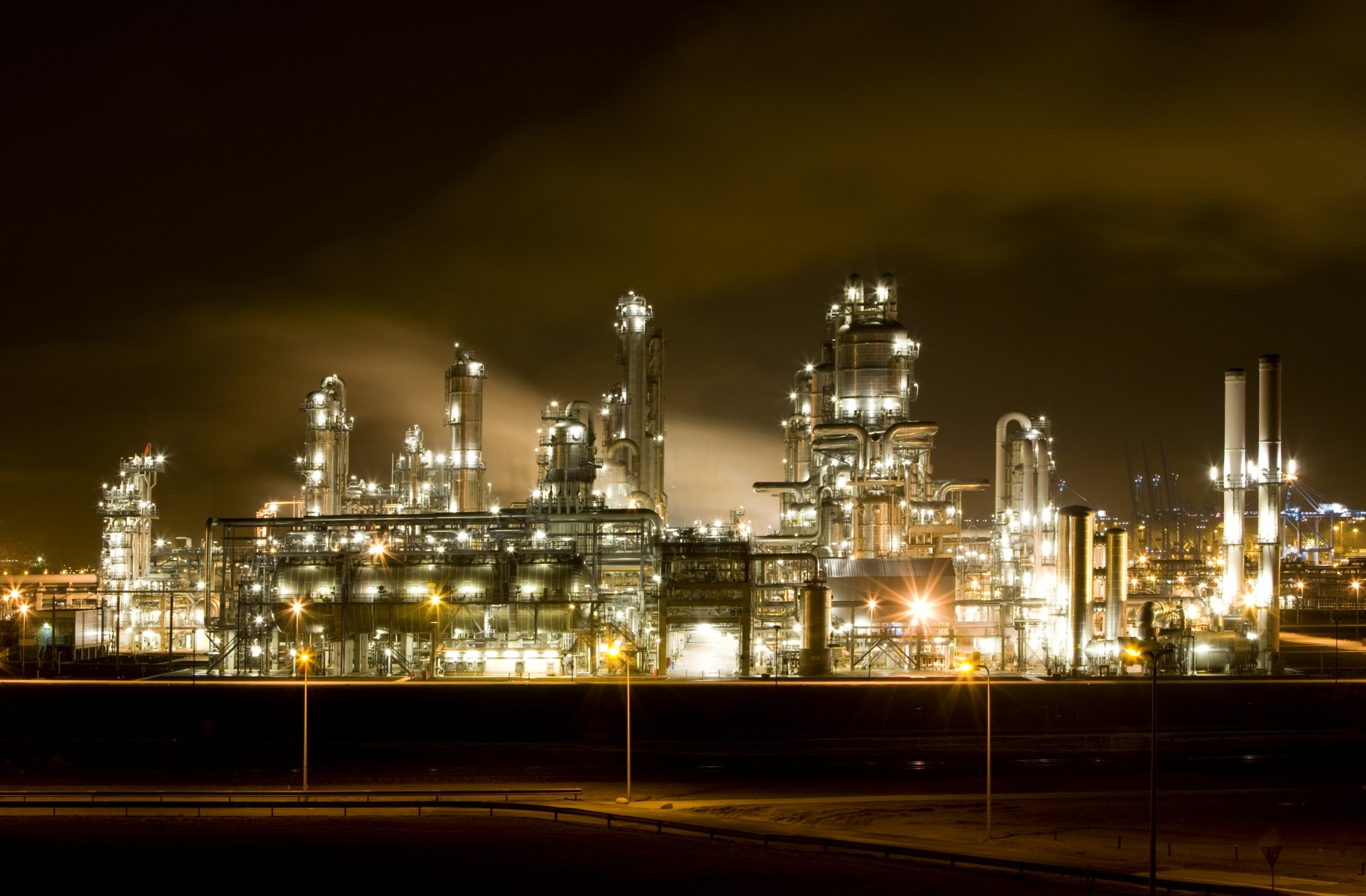 Veolia signs a record contract with Sinopec, the top refining company in China and Asia